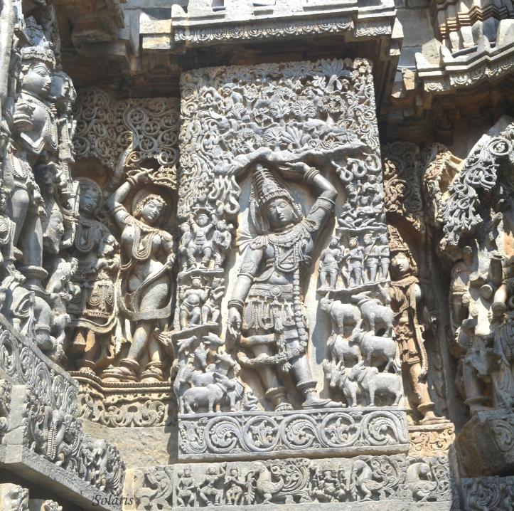 Halebid - Krishna lifting the Govardhan Hill
